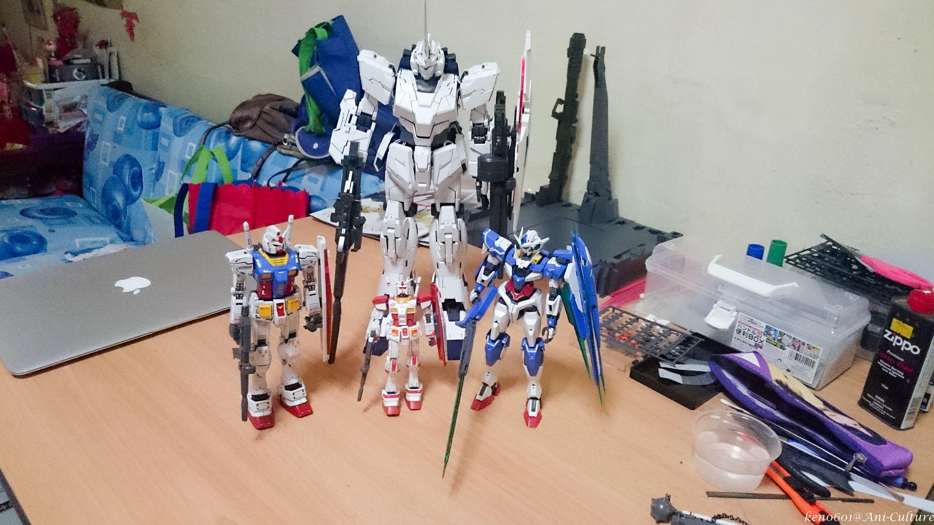 HG, MG and PG kits together.