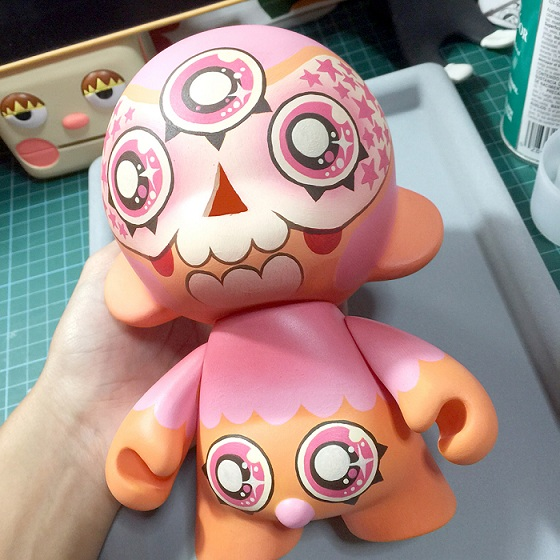 Shugah-Eyed Munnster